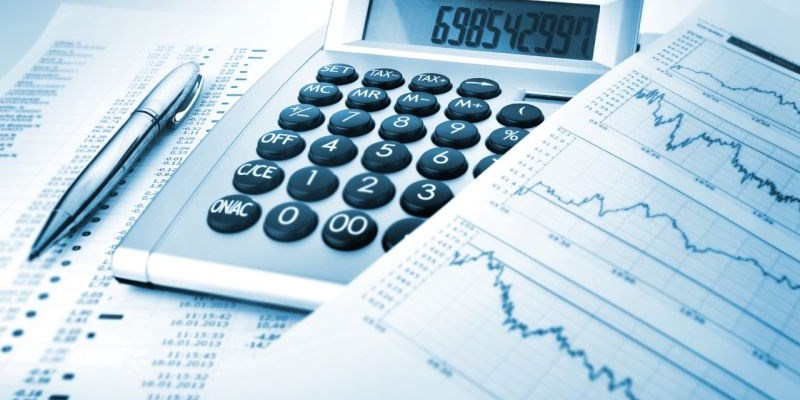 finance and accounting graph and calculator